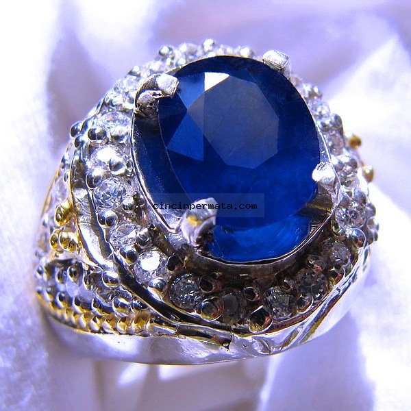 Natural Sapphire 144 cts  YouTube